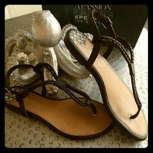 Sperry flat sandals